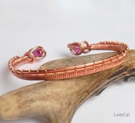 Bransoletka bangle z różowymi kryształkami swarovskiego