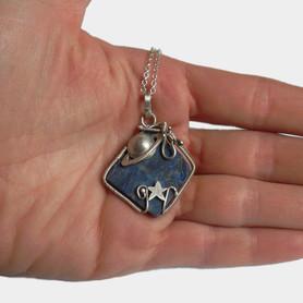 Srebrny naszyjnik Kosmos z lapis lazuli