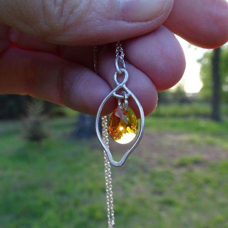 Srebrny naszyjnik z kryształkiem swarovskiego_v2 (1)